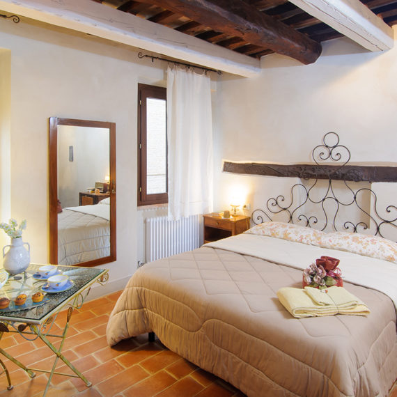 Le Camere - Bed and breakfst Pomarancio